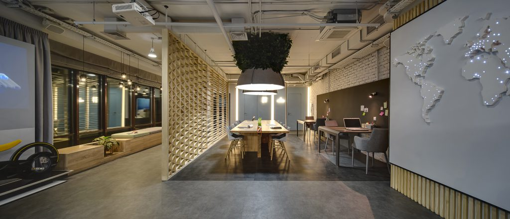 coworking facility, coworking offce, competing coworking space